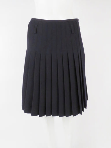 j.w anderson x topshop midnight navy pleated skirt. features kilt design and belt loops
