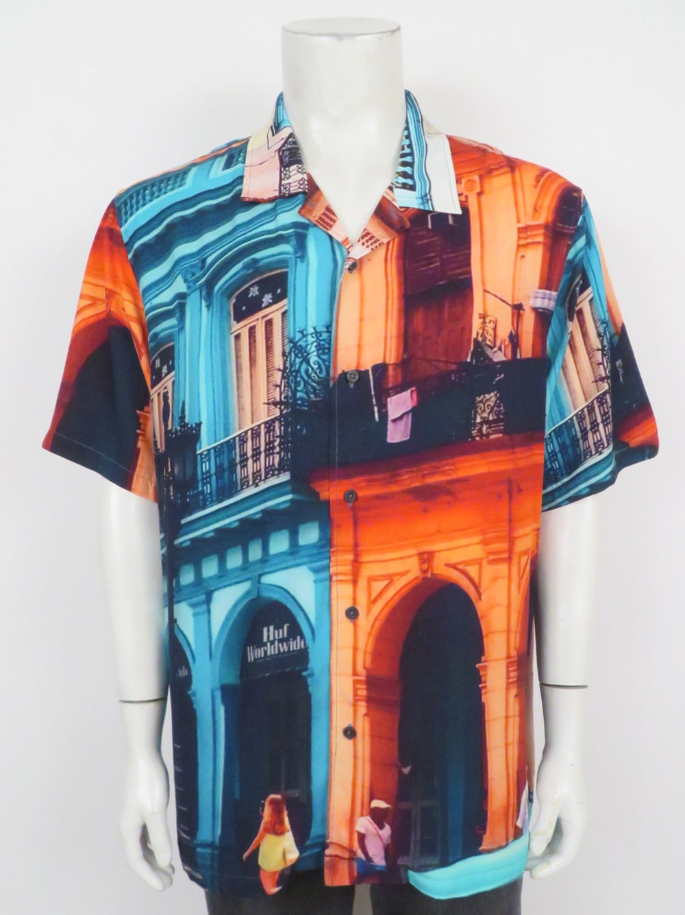 huf 'havana resort' short sleeve multicolor shirt. features realistic all-over print of downtown havana and stash pocket at inner neck. breezy cut with convertible collar. currently retailing for $70.