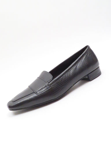 description: vagabond leather croc style loafers. featuring croc embellished leather upper.    color: black  size: 6 us, 36 eur, 3 uk, 23 cm  fabrication: leather  condition (all items are secondhand): very good pre-owned condition  country of origin: vietna