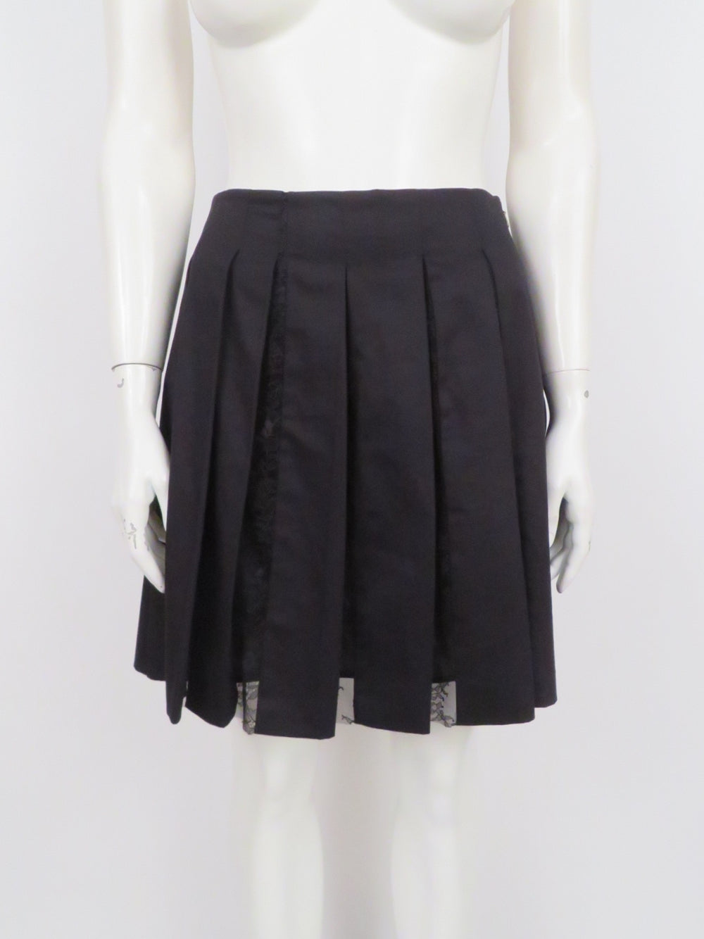 thakoon black pleated mini skirt. features box pleat design with lace inserts. lined.