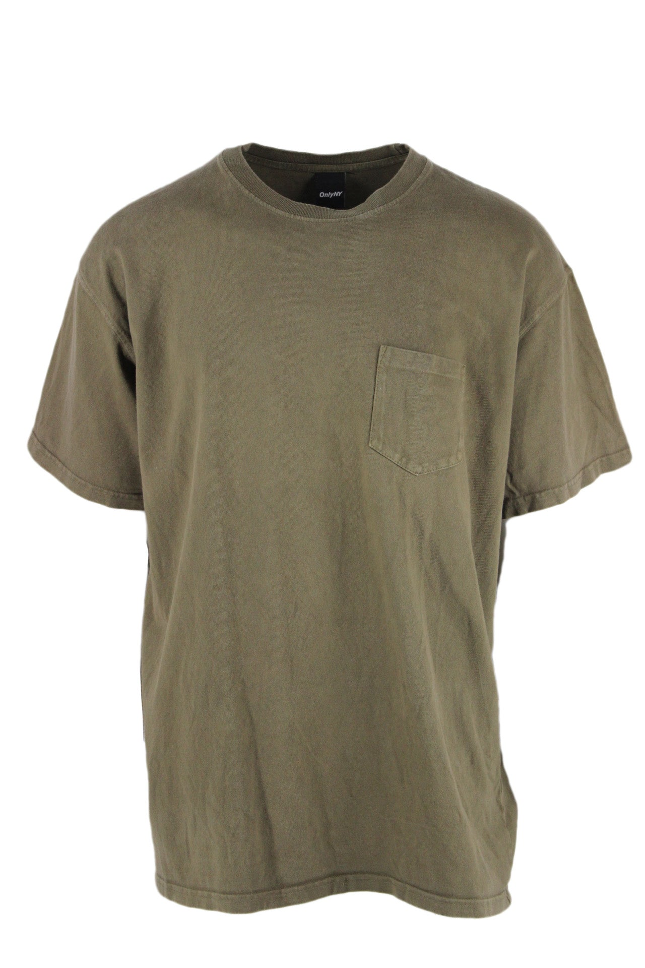 only ny olive green pocket tee. features short sleeves & a round neckline.