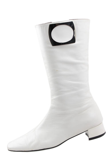 belle usa white leather boots. features side zipper closure & pointed square toe box.