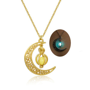 Fashion Women's stone shine moon Charm Luminous Stone necklaces Pendants fashion wholesale jewelry Statement Necklace