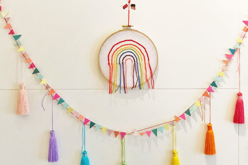 embroidered rainbow using rainbow threads diy