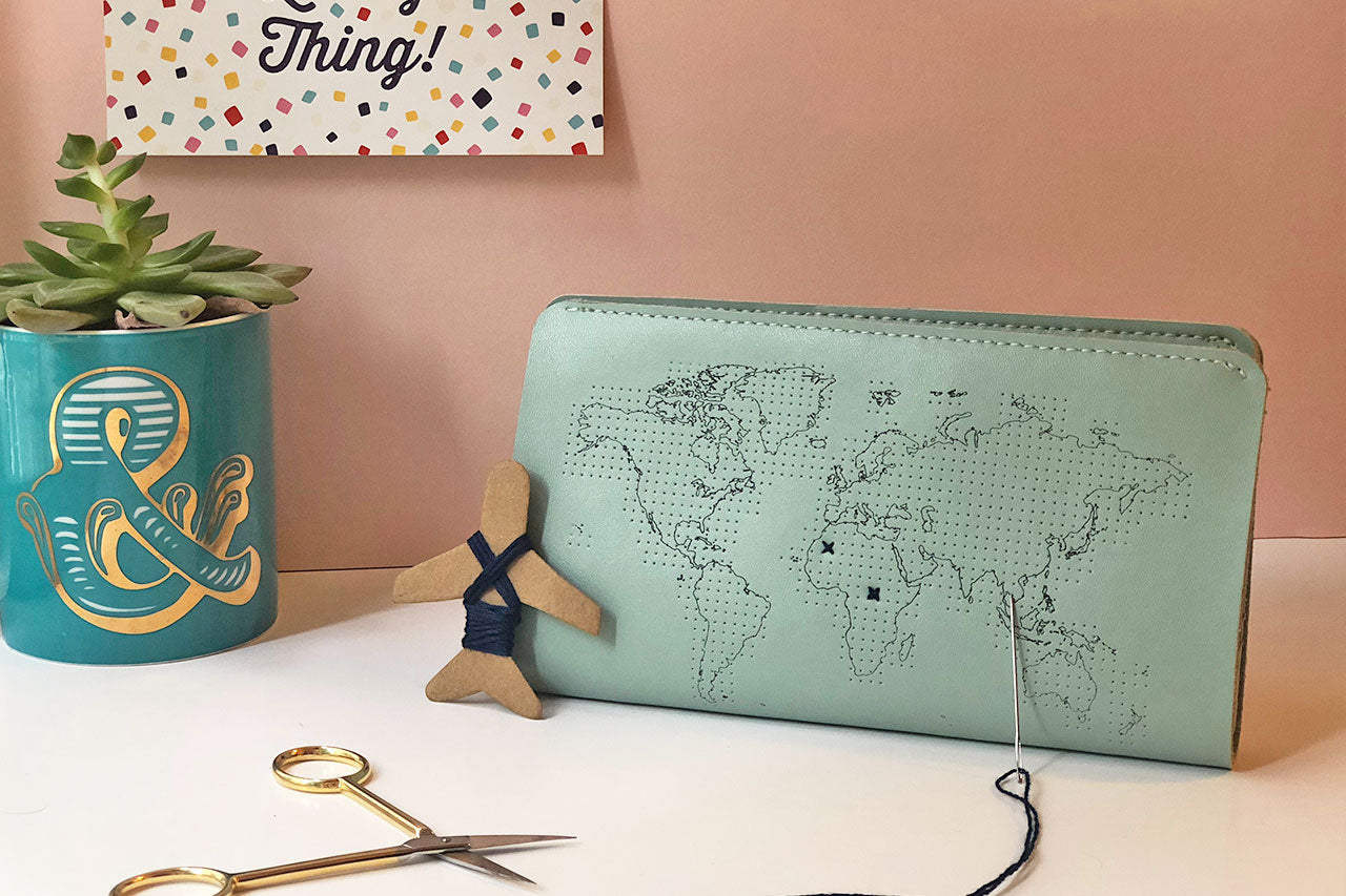 Stitch Travel Wallet - Mint