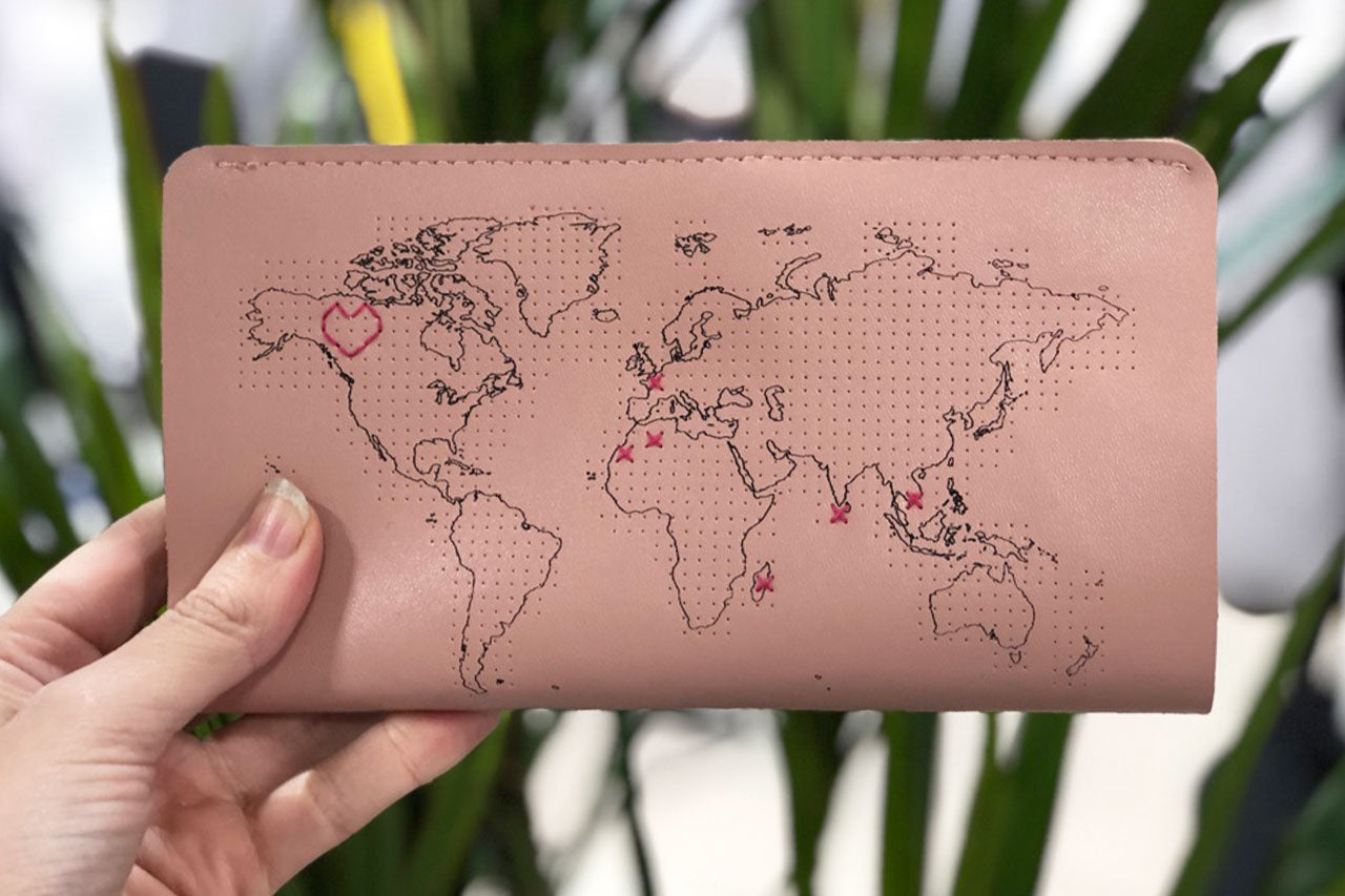 STITCH TRAVEL WALLET PINK
