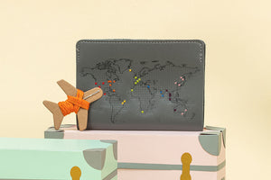 STITCH PASSPORT COVER GREY