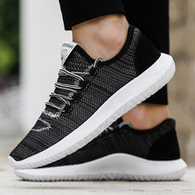 Men Mesh Round Breathable Flat Sneakers Running Shoes Casual Shoes
