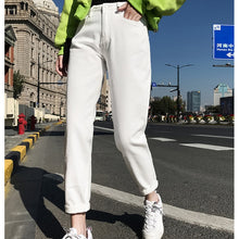 Plus Size High Waist Boyfriend Jeans Women Fashion Blue Black White Jeans Ladies Denim Harem Pants Casual Trousers Jeans Femme