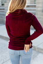 Load image into Gallery viewer, Ampersand Performance Fleece Cowlneck - Wine