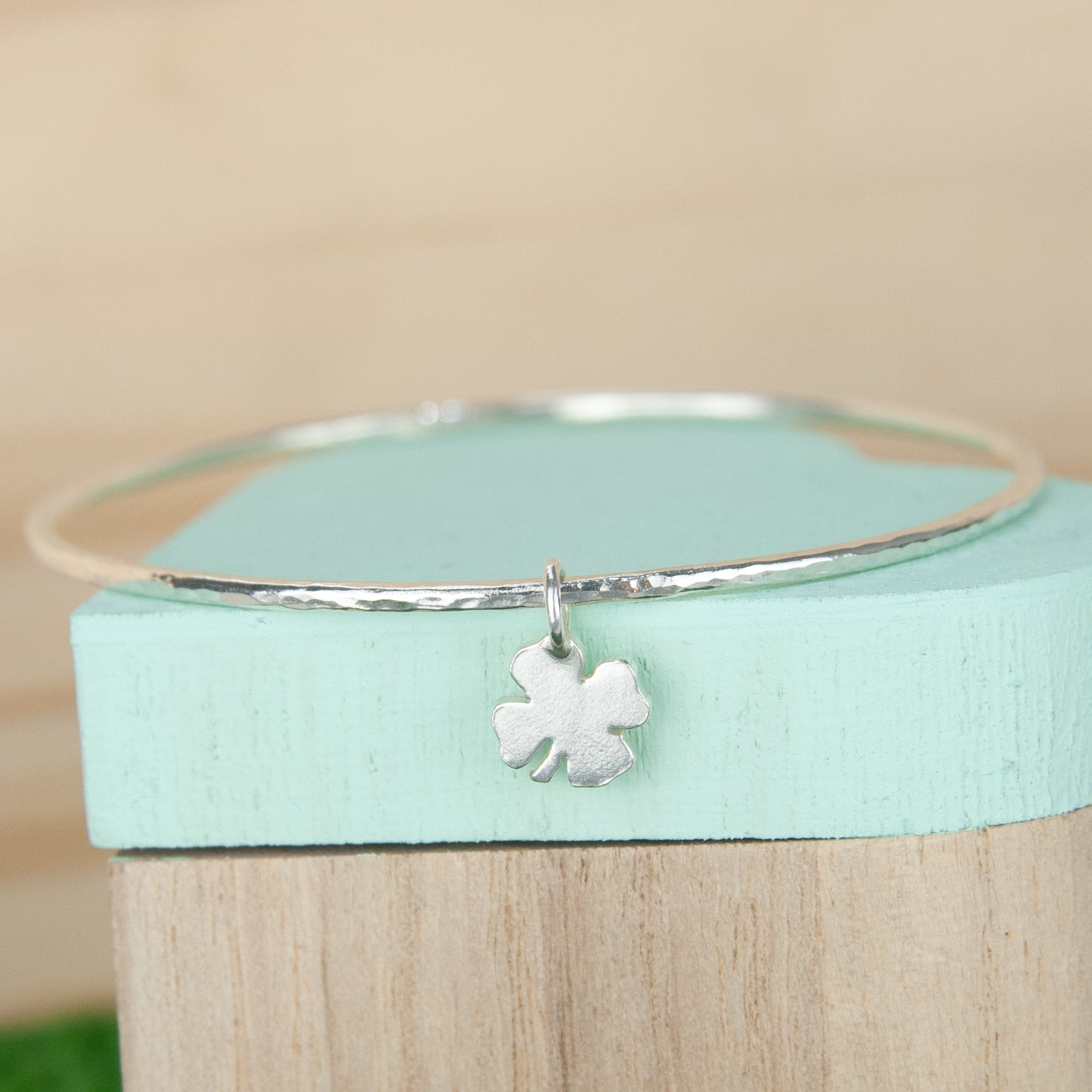 Belle & Bee 2mm Hammered Sterling Silver  Bangle with Mini Chunky Clover Charm