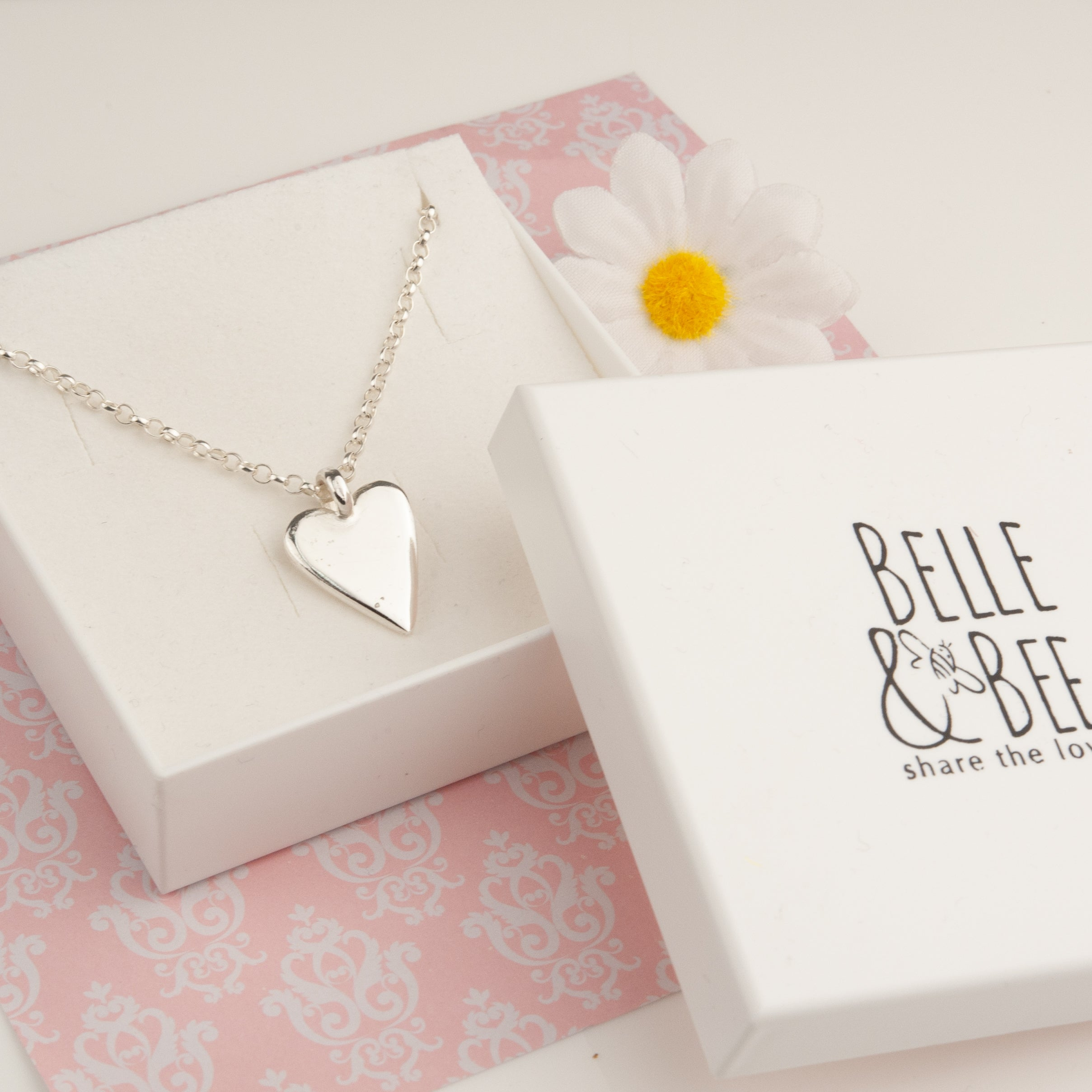 Belle & Bee belcher chain with midi heart charm