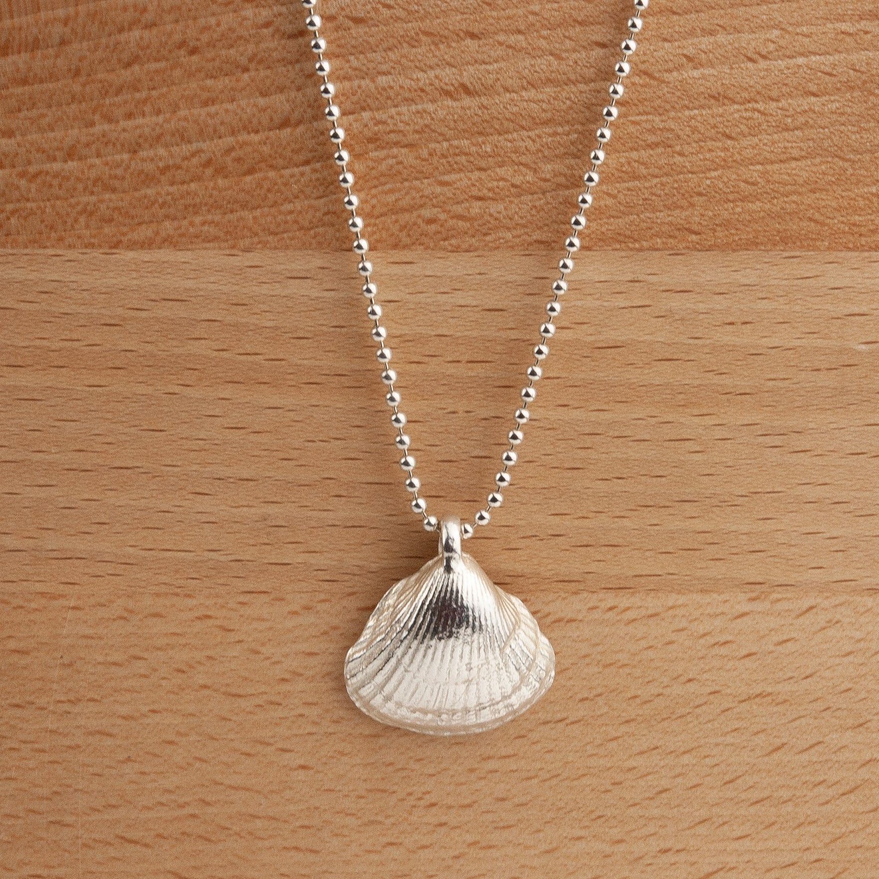 Belle & Bee Sterling Silver Ball Chain Necklace with Maxi Shell Charm