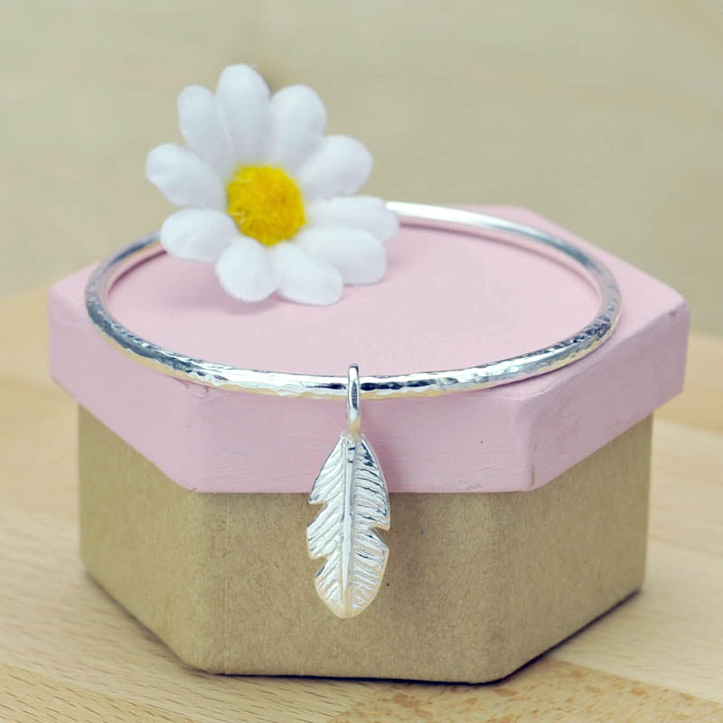 Sterling Silver 2.5mm Hammered Bangle Feather Charm