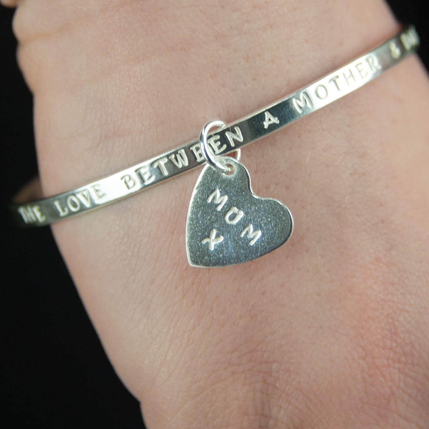 Belle & Bee Sterling Silver personalised message bangle