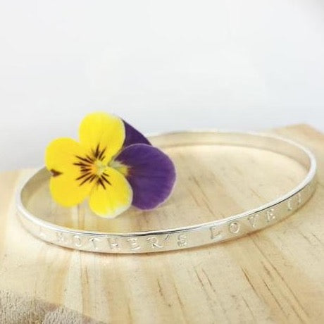 Belle & Bee sterling silver personalised quote bangle