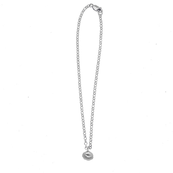 Belle and Bee Sterling Silver Belcher Chain Necklace with Shell Charm