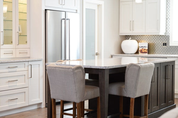 Eve and Elle bright interior kitchen with island
