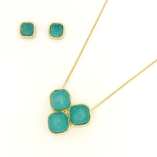 Apeu Gold Tri-Stone Necklace in Blue Agate