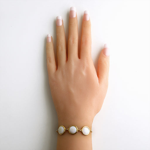 Acari Gold Chain Bracelet in Mother of Pearl