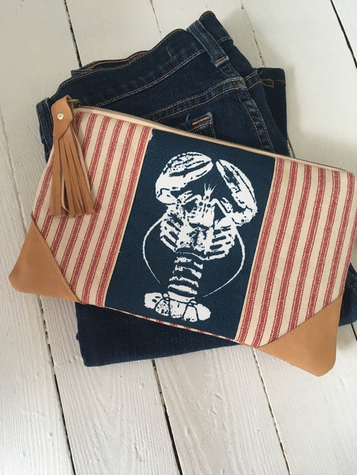 Lobster clutch bag