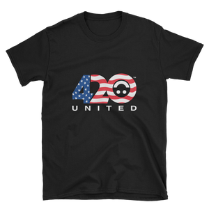 420 UNITED WAVY FLAG DESIGN Short-Sleeve Unisex T-Shirt
