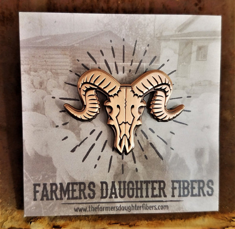 Farmer's Daughter Fibers Pin