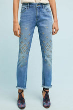 Load image into Gallery viewer, Anthropologie Women's  Pilcro High-Rise Embroidered Boyfriend Straight Crop Jean 28 - Luxe Fashion Finds
