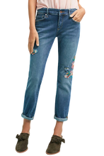 Load image into Gallery viewer, Anthropologie Women's Pilcro Boyfriend Floral Embroidery Mid-Rise Crop Jean - 27 - Luxe Fashion Finds