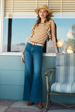 Load image into Gallery viewer, Mother Women's Swooner Roller High Waist Wide Leg Blue Jeans, Big Sky - Luxe Fashion Finds