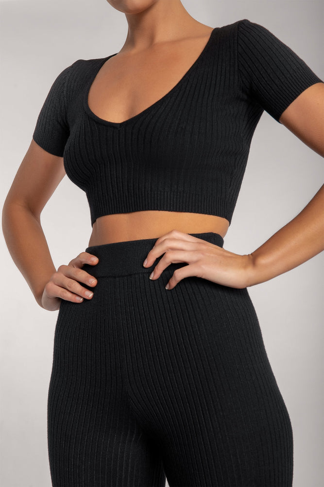 Nina V Neck Crop Top - Black - MESHKI