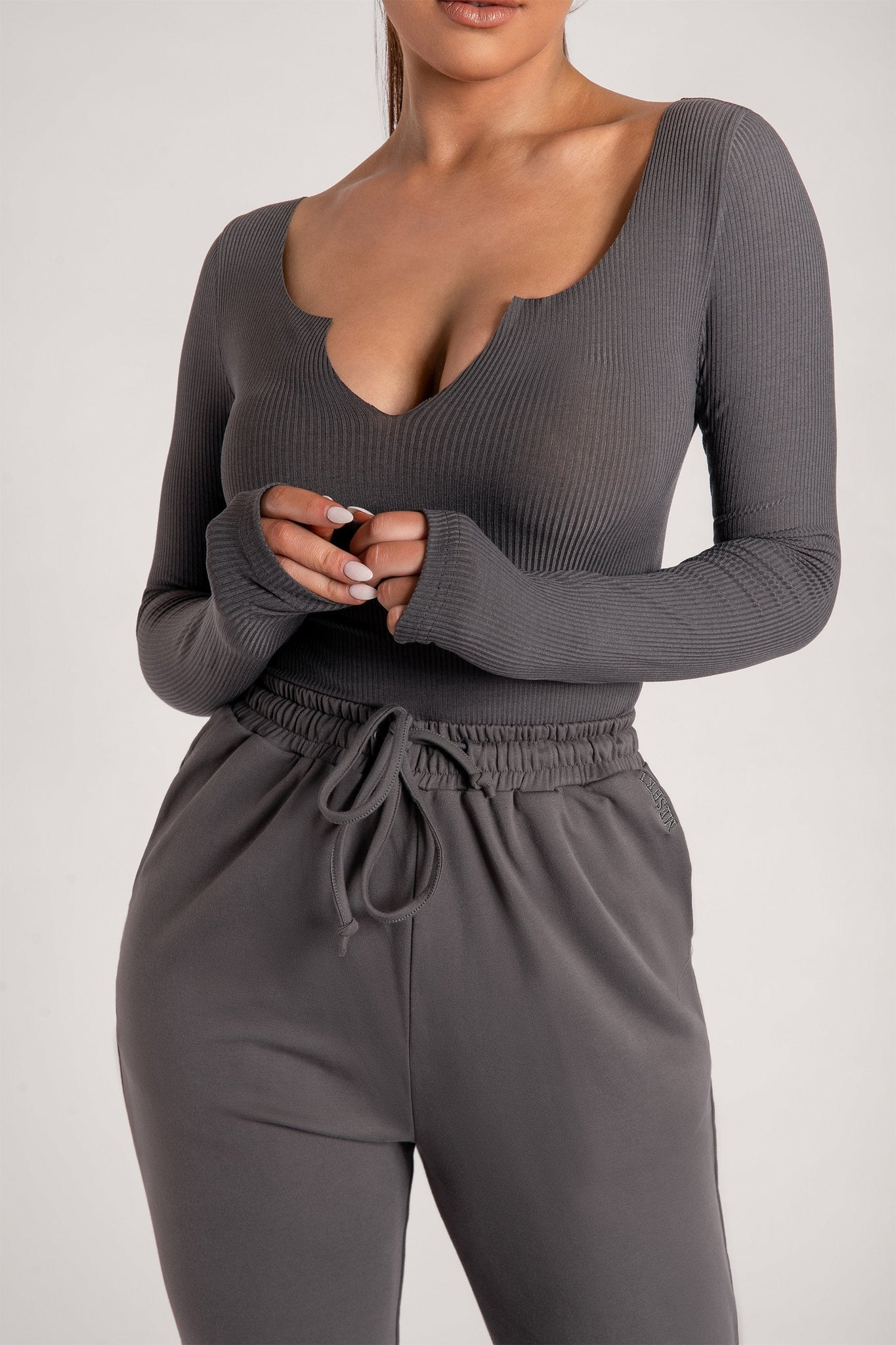 Malene V-Neck Ribbed Long Sleeve Bodysuit - Charcoal - MESHKI