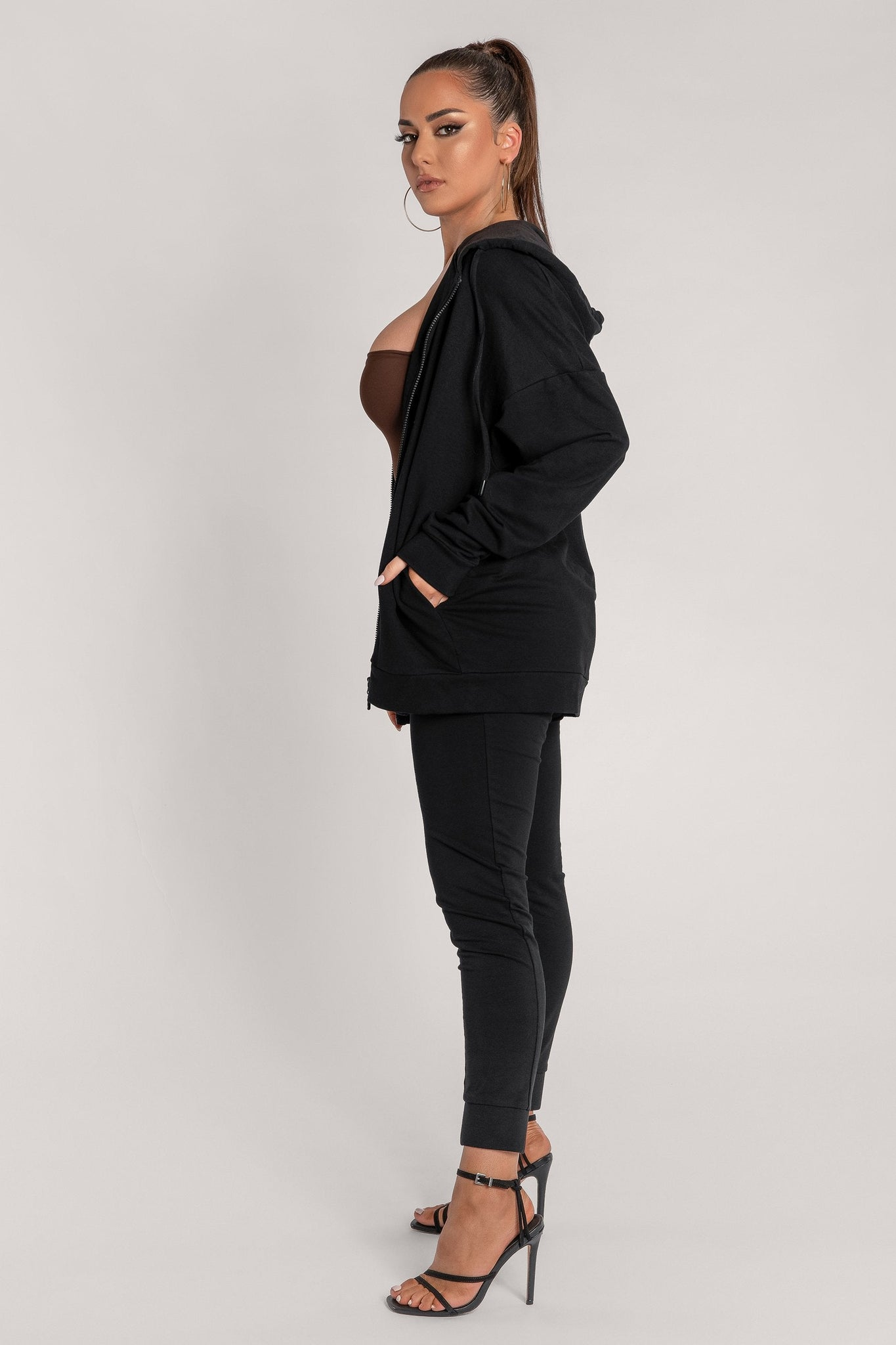 Maia Long Sleeve Zip Up Hoodie Jacket - Black - MESHKI