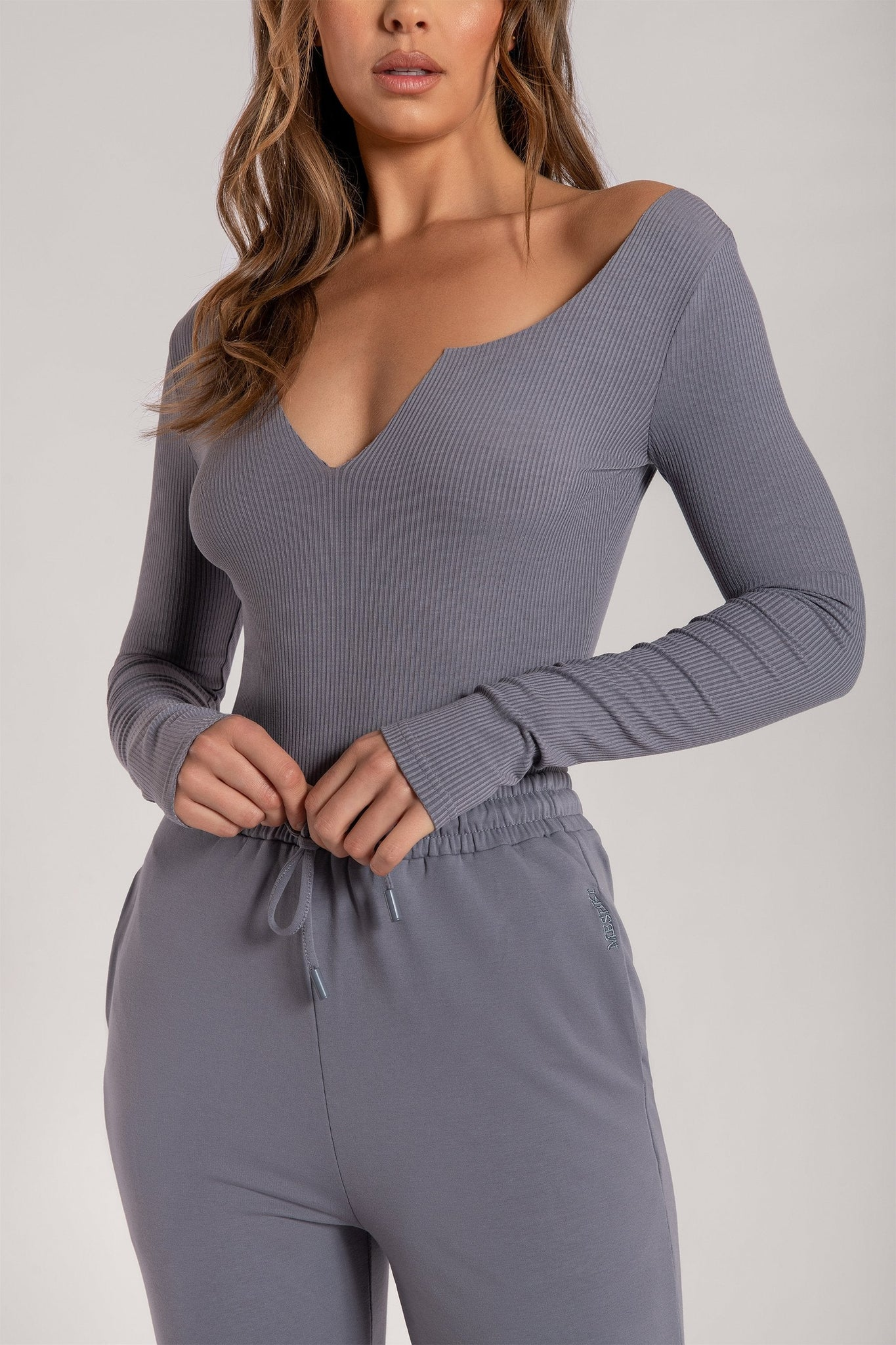 Malene V-Neck Ribbed Long Sleeve Bodysuit - Grey - MESHKI