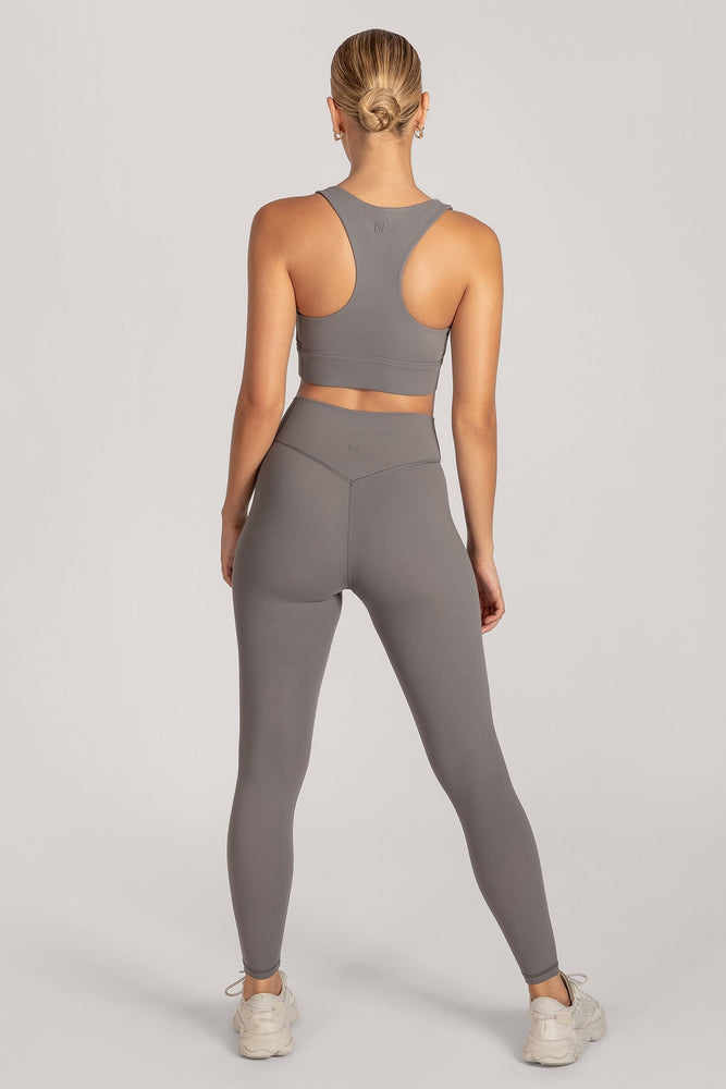 Venus V-Back Leggings - Charcoal - MESHKI