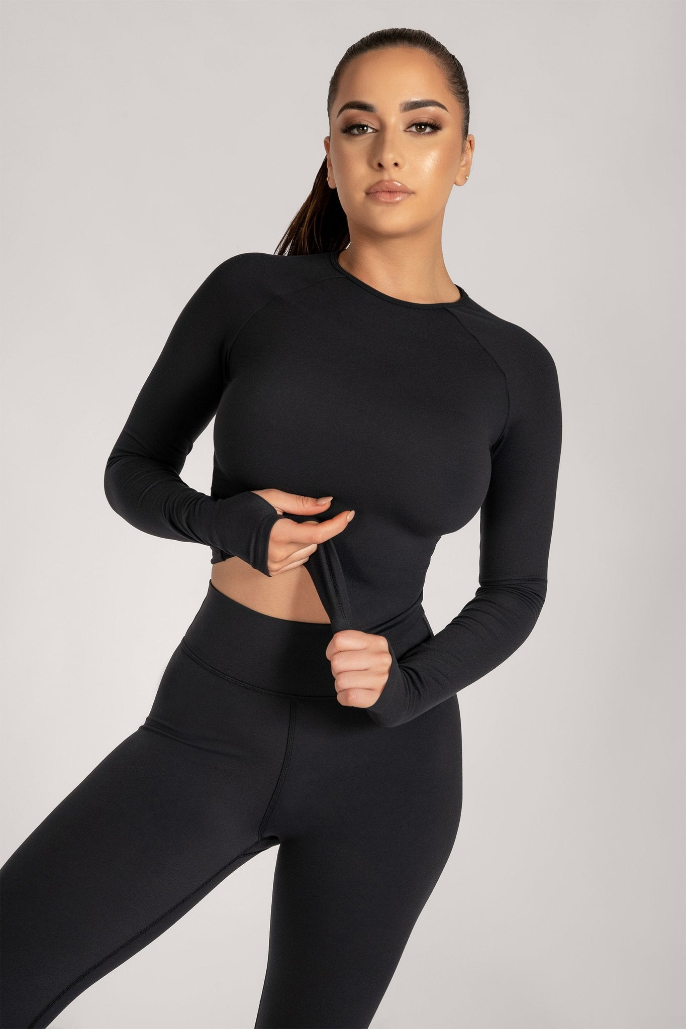 Venus Long Sleeve Crop Top - Black - MESHKI