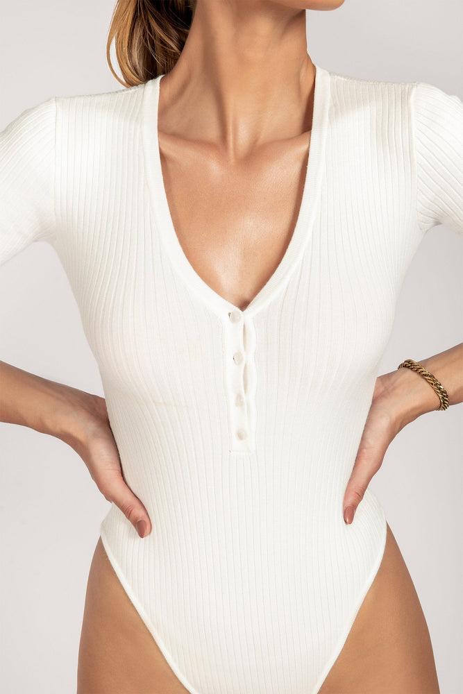 Tulip Knitted V Neck Short Sleeve Bodysuit - White