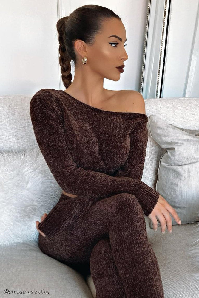 Neema Chenille Off The Shoulder Top - Chocolate - MESHKI