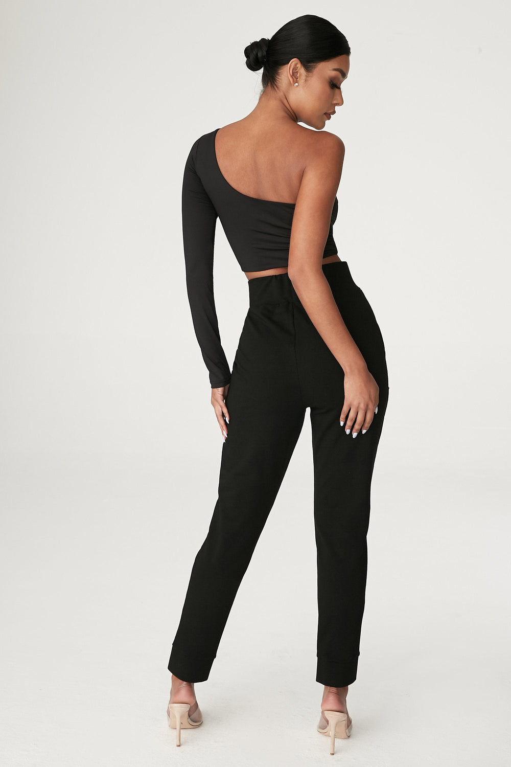 Amelia Fitted High Waisted Joggers - Black - MESHKI ?id=12376202608715