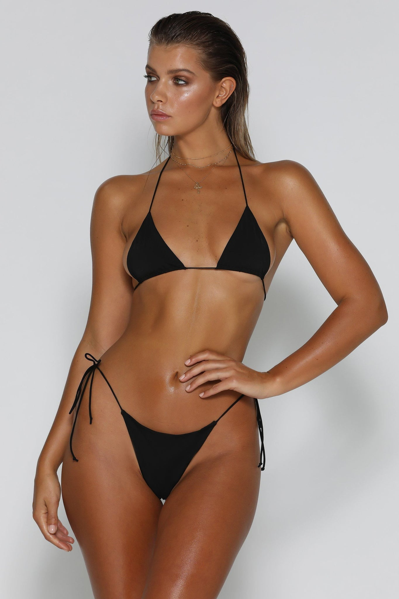 Amalia Tie Up Bikini Top - Black - MESHKI