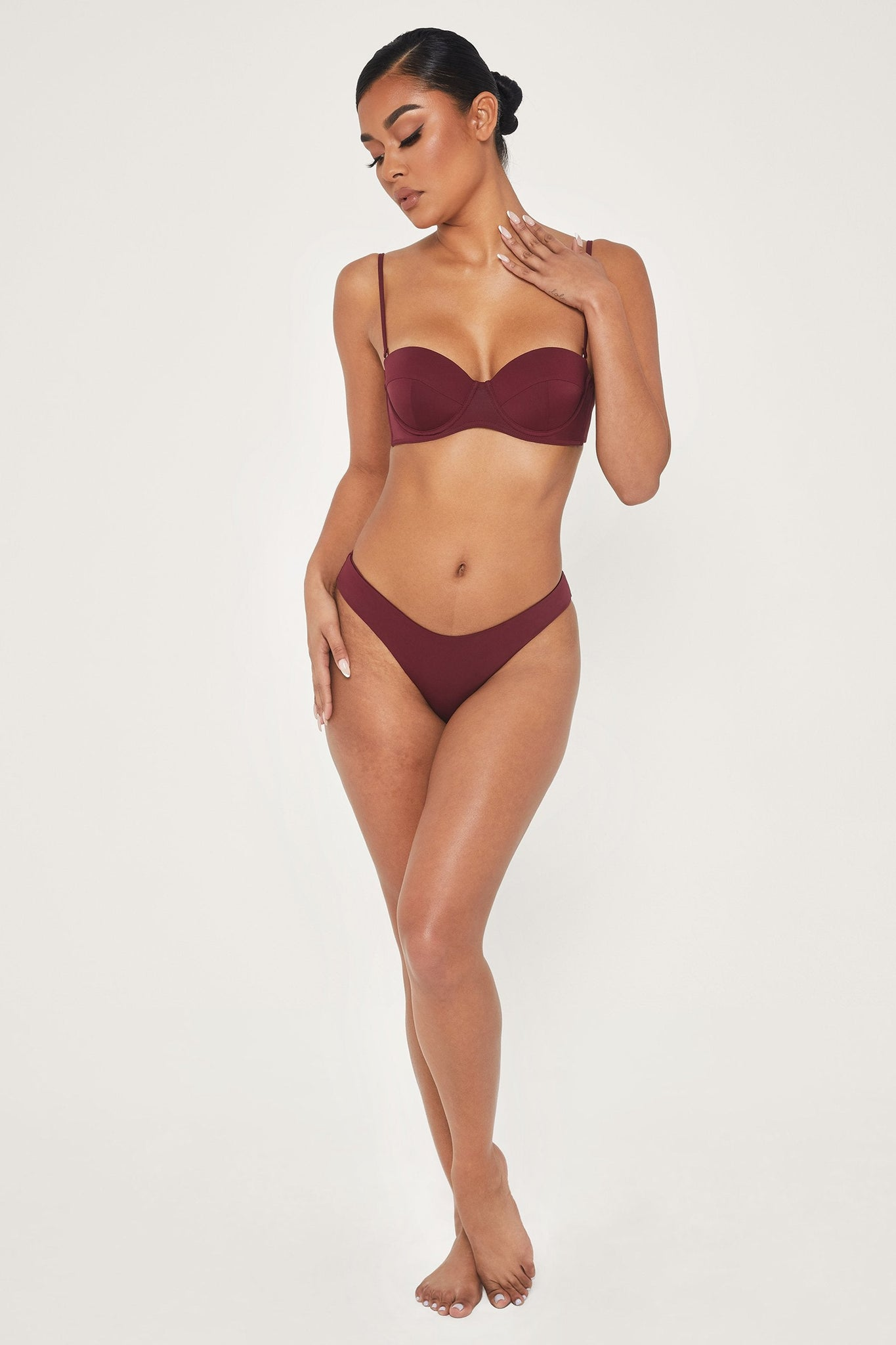 Ailani Mid Coverage Bikini Bottoms - Burgundy - MESHKI