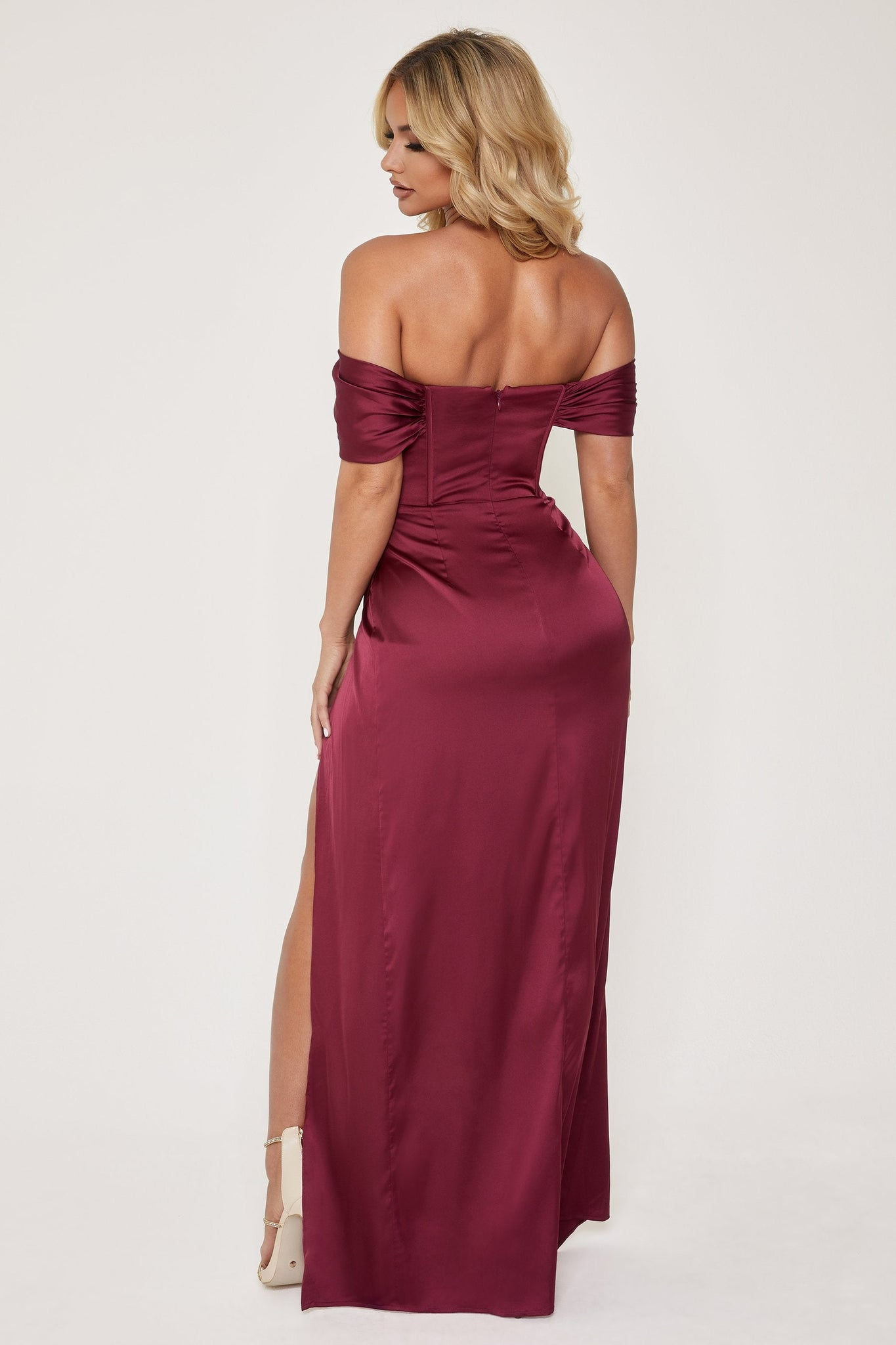 Neo Corsetted Drape Off Shoulder Maxi Dress - Burgundy - MESHKI