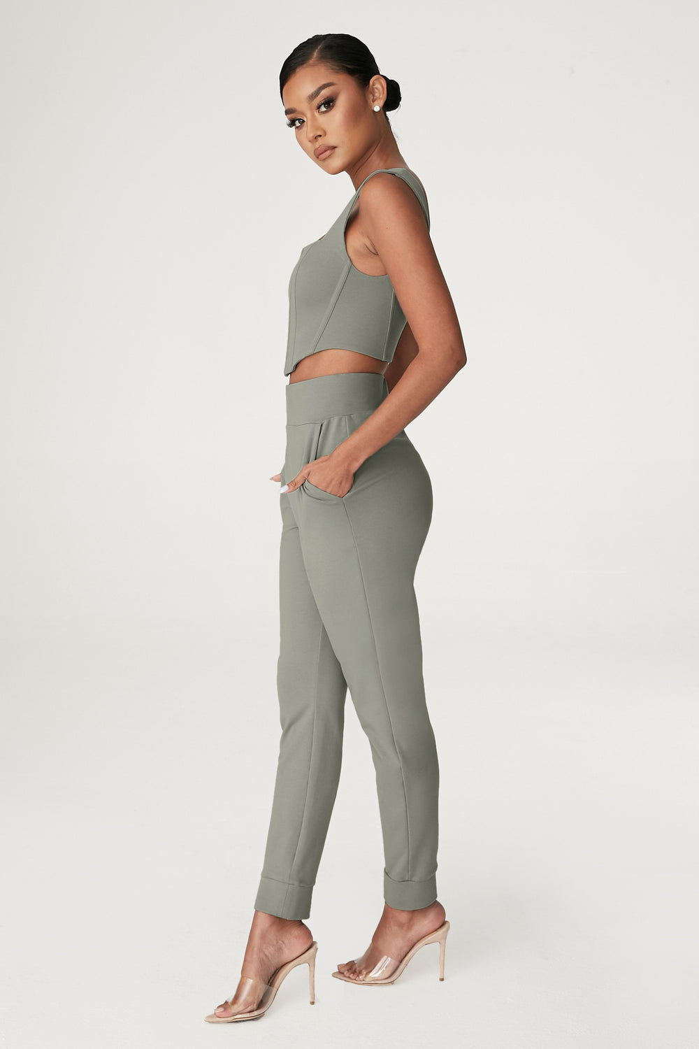 Amelia Fitted High Waisted Joggers - Sage - MESHKI ?id=15024763928651