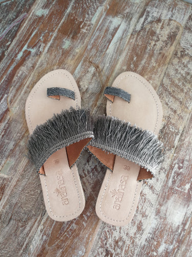 Metal Fringed Toe Slides - Anannasa