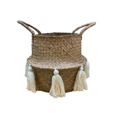 Load image into Gallery viewer, TASSEL SEAGRASS BASKET