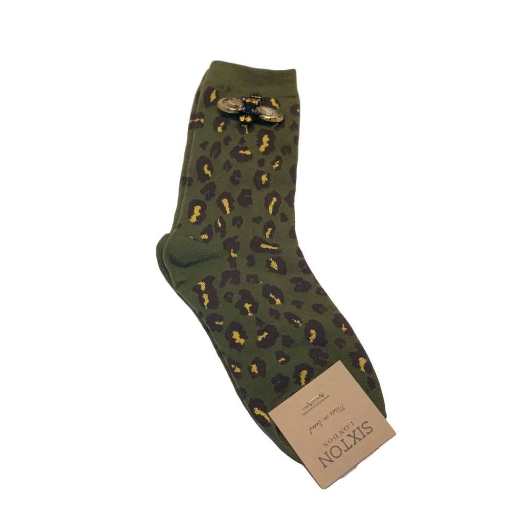 LEOPARD FOREST SOCKS with BEE PIN - Ivy Green