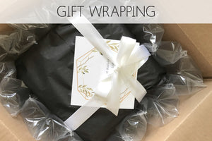 Gift wrapping or packaging?