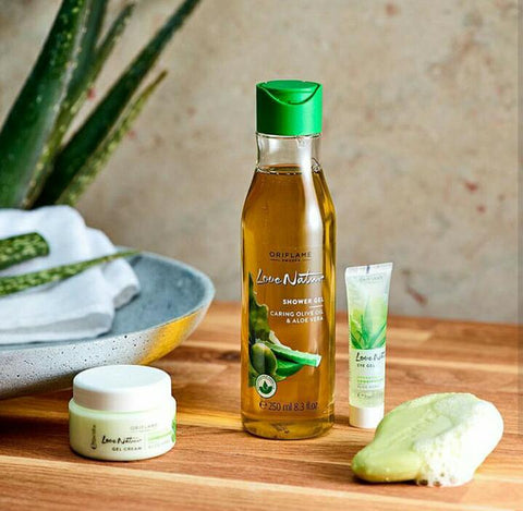 Gel Tắm Love Nature Shower Gel Caring Olive Oil & Aloe Vera