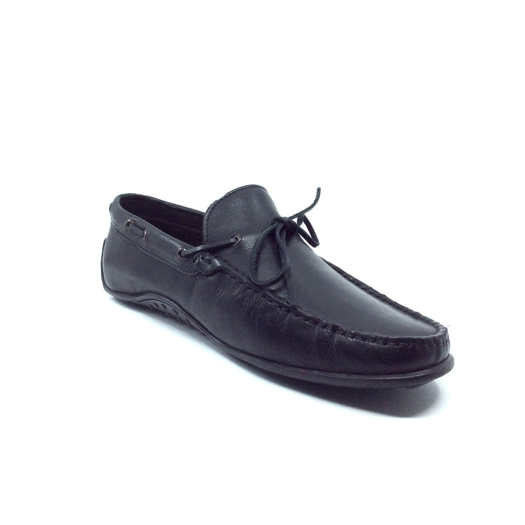 The Acari penny loafer is a quick and convenient slip-on that is ideal for everyday wear or for use as a boat shoe. The subtle handcrafted Italian leather, hand stitching, leather laces, and matte black finish on the Arcari by Angeleone will be a staple you will keep in your wardrobe for years to come. Nordstrom shoes. Zappos. Men's shoes. Men's fashion. GQ.
