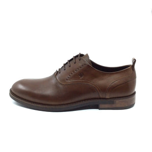 The Andino is a beautiful and high-quality oxford and is sure to be a favorite in your closet. Enjoy the subtle Italian leather of this handcrafted, closed lacing shoe. Andino by Angeleone, a timeless and sophisticated classic.